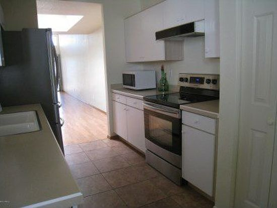 4967 N Valle, Tucson, AZ 85750
