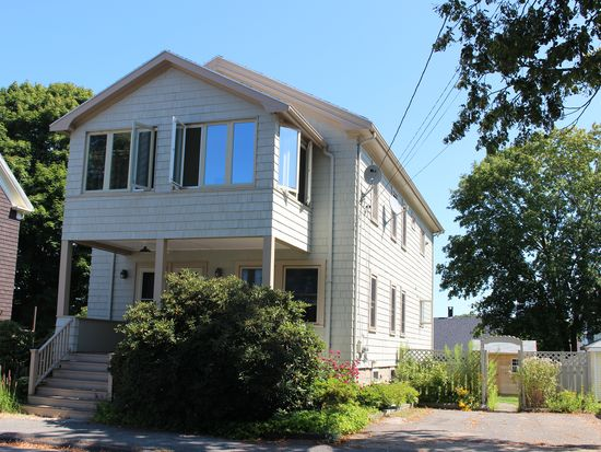 13 Beauport Ave, Gloucester, MA 01930