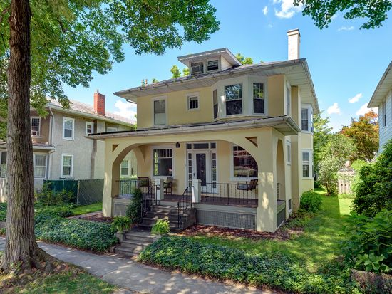 1551 Dauphin Ave, Wyomissing, PA 19610