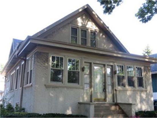 825 S Grove Ave, Oak Park, IL 60304