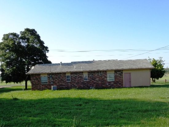 1200 W Hickory St, Stilwell, OK 74960