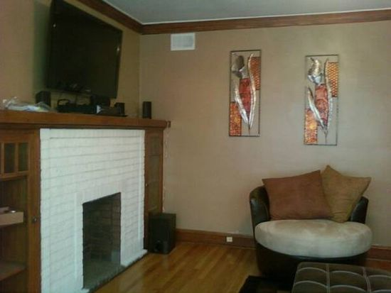2941 N Austin Ave APT 2, Chicago, IL 60634