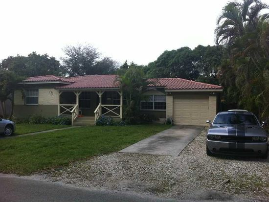 11450 NE 10th Ave, Biscayne Park, FL 33161