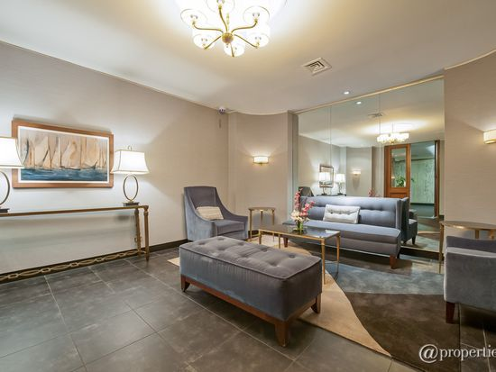 720 W Gordon Ter APT 8D, Chicago, IL 60613