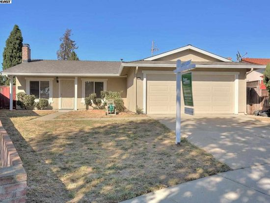 3155 Lake Pillsbury Dr, Fremont, CA 94555