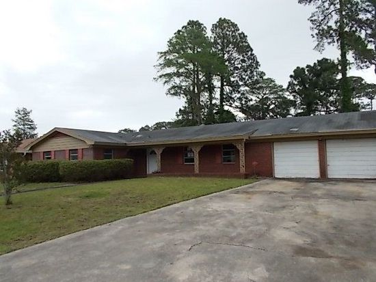 168 Fairway Oaks Dr, Brunswick, GA 31525