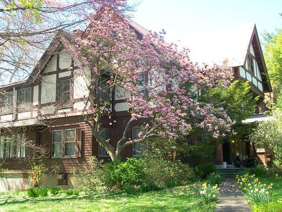 83 Hooker Ave, Poughkeepsie, NY 12601