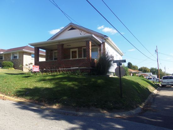 319 Greenbrier Rd, Weirton, WV 26062
