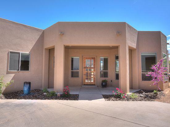 8836 Estrada Ct NE, Albuquerque, NM 87122