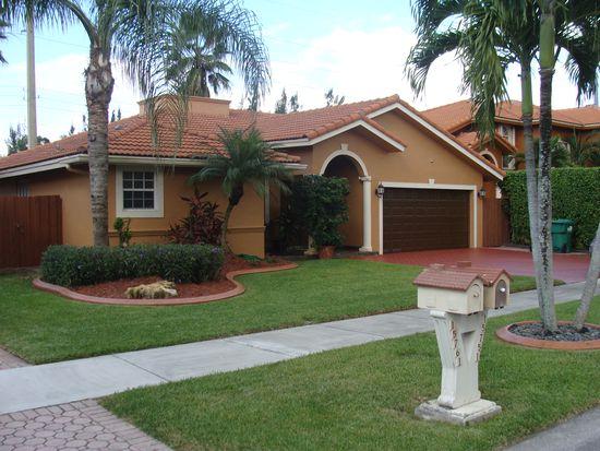 15751 SW 42nd Ter, Miami, FL 33185