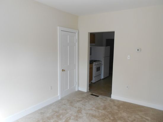 615 N 32nd St, Richmond, VA 23223