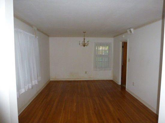 405 Douglas St, Canton, MS 39046