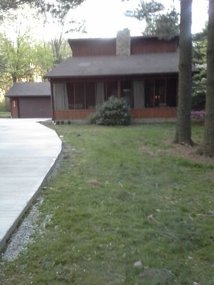 5649 Tippecanoe Rd, Canfield, OH 44406
