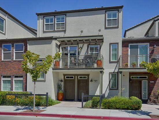 858 Gaspar Vis, San Jose, CA 95126