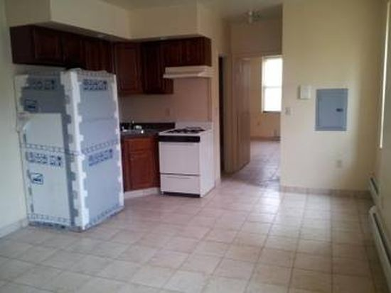 715 28th St APT 8, Union City, NJ 07087