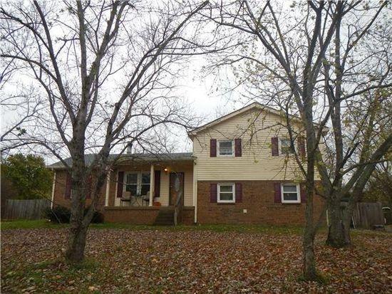 862 Forrest Glen Dr, Old Hickory, TN 37138
