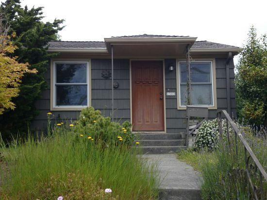 2302 NW 67th St, Seattle, WA 98117