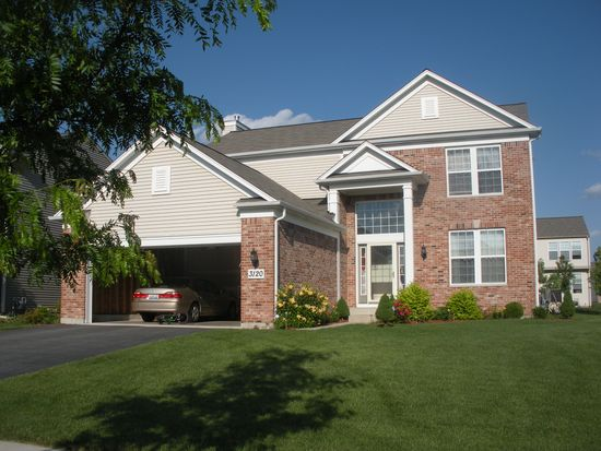 3120 Drury Ln, Carpentersville, IL 60110