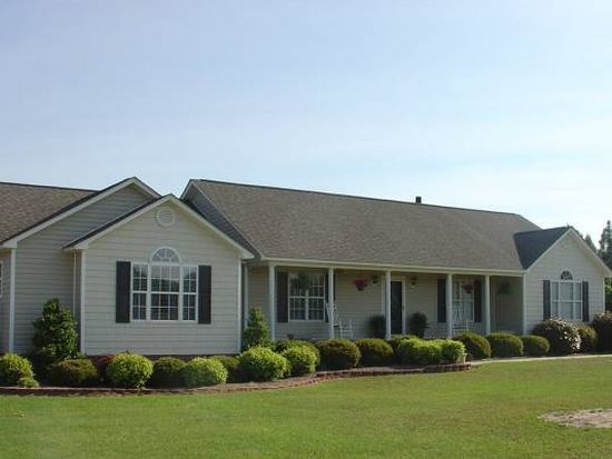 5600 Meadowbrook Rd, Benson, NC 27504