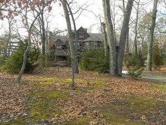 11 Clubhouse Rd, Browns Mills, NJ 08015
