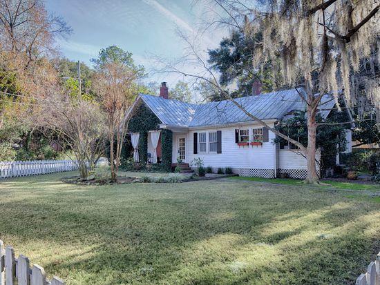 1107 Skidaway Rd, Savannah, GA 31404