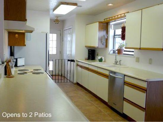 916 Cascade Rd SE, Rio Rancho, NM 87124