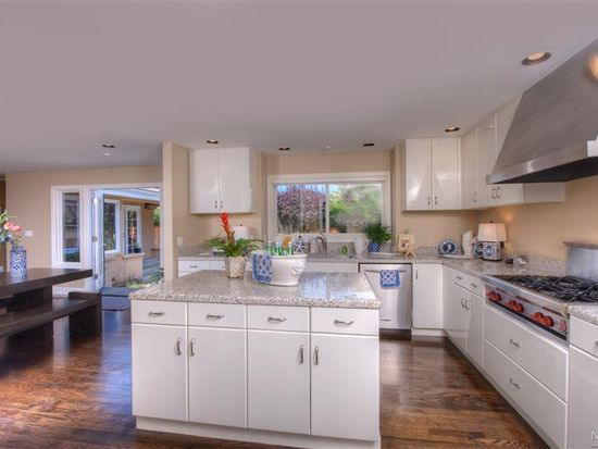 4 Heron Dr, Mill Valley, CA 94941