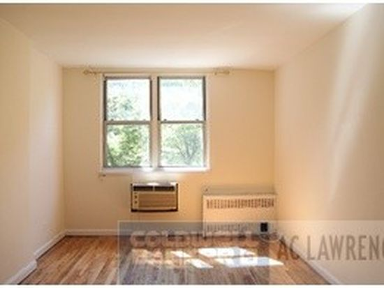 220 E 26th St APT 2A, New York, NY 10010