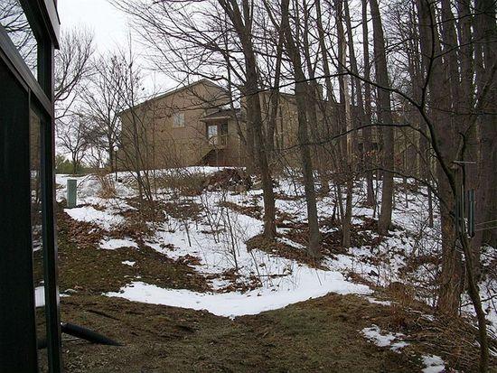 201 Bluffs Cir, Noblesville, IN 46062
