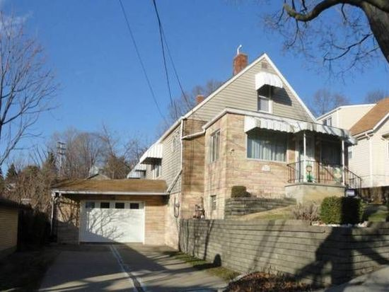 1317 Leaside Dr, Pittsburgh, PA 15207
