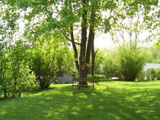 1352 N 10th Ave, West Bend, WI 53090