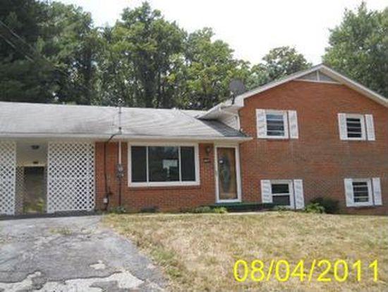 665 Colhoun St NE, Christiansburg, VA 24073