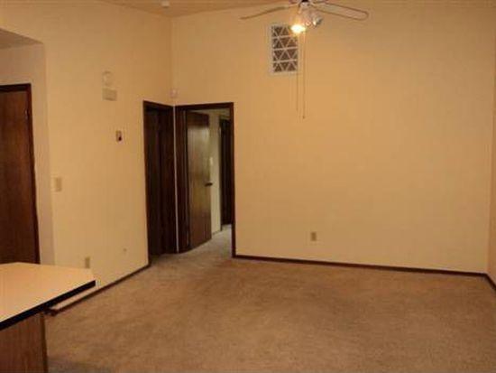 125 W Acres St APT F, Norman, OK 73069