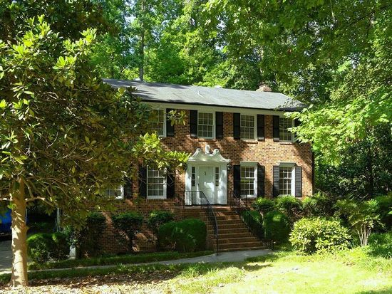 4611 Connell Dr, Raleigh, NC 27612