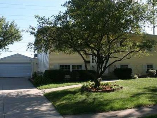 2725 1st Ave, Marion, IA 52302