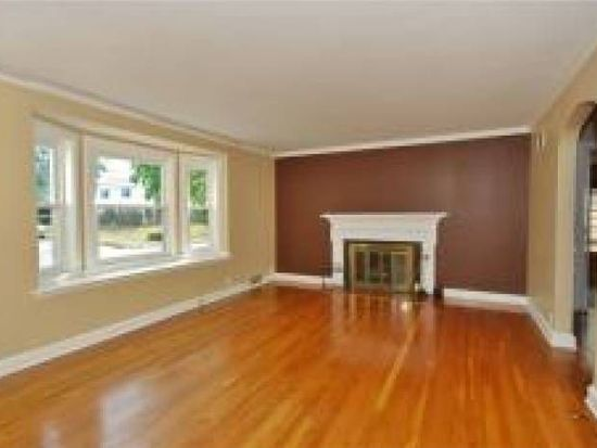 325 Watchung Ave, Bloomfield, NJ 07003
