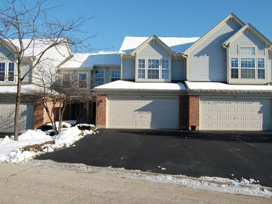 503 Peachtree Ct, Crystal Lake, IL 60014
