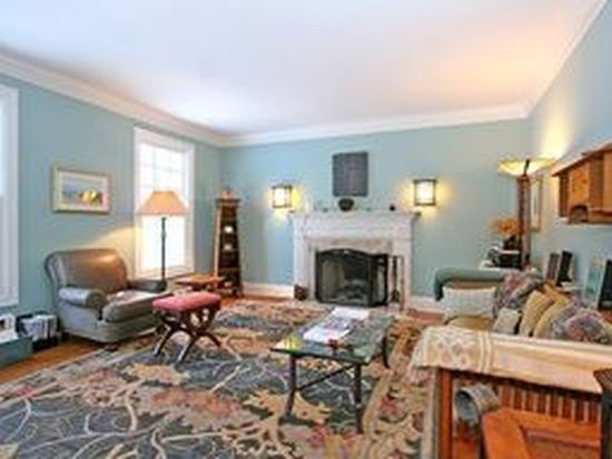 67 Greenfield Dr, Weston, CT 06883