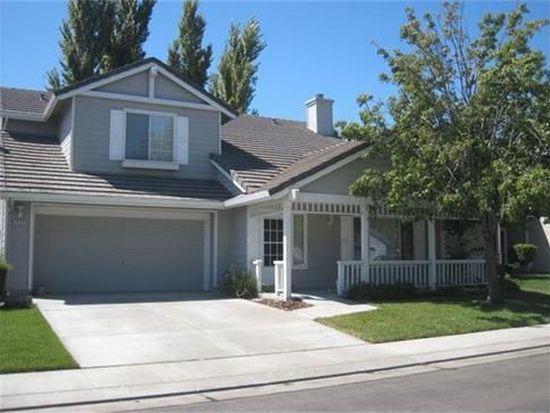 1644 Santoni Ln, Woodland, CA 95776