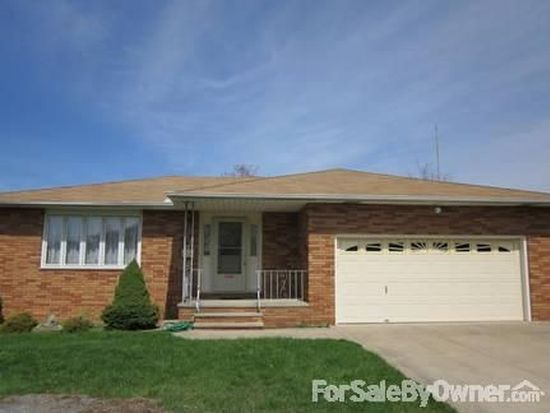 6861 Talbot Dr, Parma, OH 44129