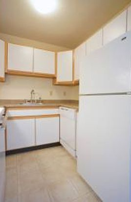 20 Maplewood Ln, Concord, NH 03303