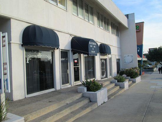 2100 N Sepulveda Blvd, Manhattan Beach, CA 90266