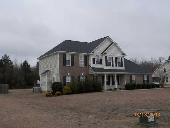 6512 Valley Falls Rd, Hope Mills, NC 28348