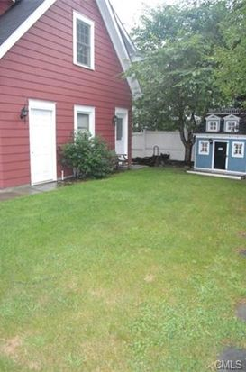 639 Center St, Southport, CT 06890