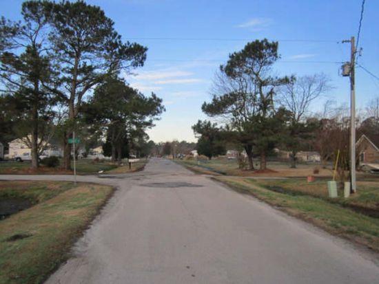 301 Bell Creek Dr, Beaufort, NC 28516