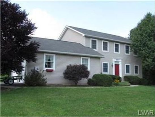 400 Heyer Mill Rd, Nazareth, PA 18064