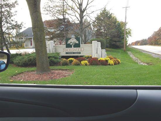 1388 N Knollwood Dr, Palatine, IL 60067