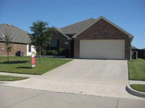 929 Hunter Ln, Burleson, TX 76028
