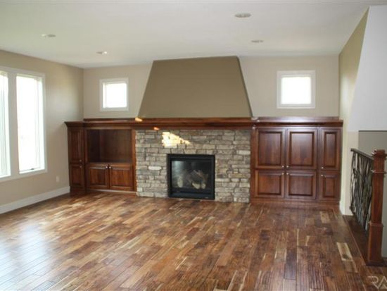 6605 S Westfield Trl, Sioux Falls, SD 57108