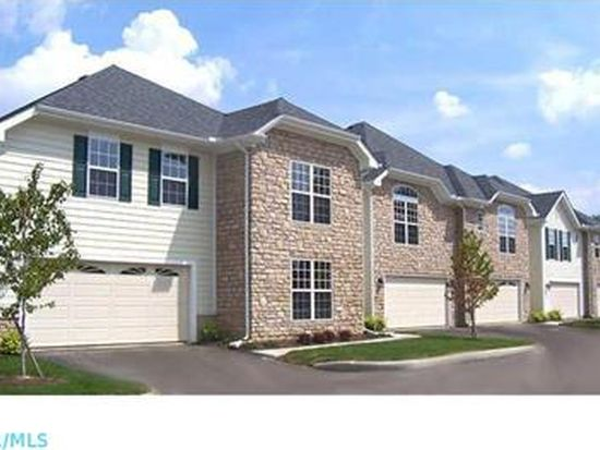 7 Lakes At Cheshire Dr, Delaware, OH 43015